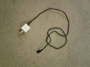 Ipod/iPhone charging cord with block