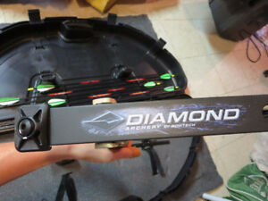 Diamond Archery Infinite Edge PLUS TONS OF EXTRAS / left side