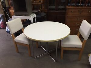 Good Condition Table and 2 Chairs $70 obo London Ontario image 1