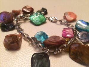 Bijoux de marques, colliers et bracelets!!!