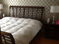 "Beautiful ""Mobilia"" bedroom set / set de chambre a coucher"
