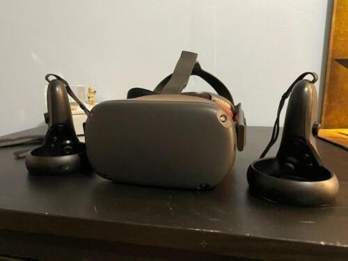 Oculus Quest 128gb w/VR Cover Kit
