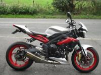 2015/15 Triumph Street Triple RX with just 9472 miles