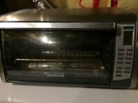 Toaster Oven - Black and Decker, massive capacity