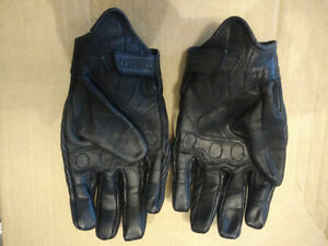 Icon Pursuit Stealth Motorcycle Gloves Medium