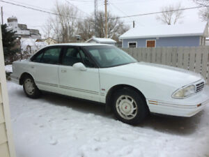 1994  Oldsmobile 88 Royale LS sedan Located in Fox Valley