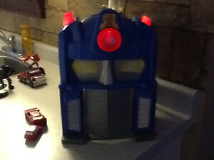 TRANSFORMERS ELECTRONIC FIRE STATION WITH EXTRAS London Ontario image 7