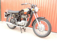 TRIUMPH TR6 650cc 1972 MATCHING NUMBERS LOW MILEAGE IT LOOKS FABULOUS
