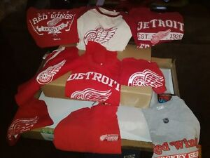 Detroit red wings or Philadelphia Flyers  clothing