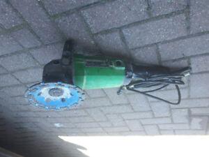 Hitachi grinder