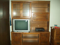 2 piece wood entertainment stand