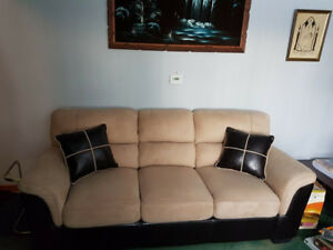 Micro suede sofa with 2 accent throw pillows