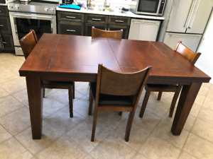 Solid Wood Table, 4 Chairs and Hutch