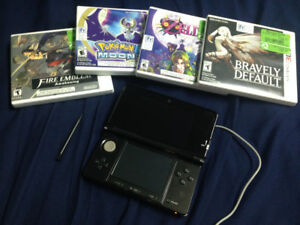 Black Nintendo 3DS with Bravely Default plus 3 more games