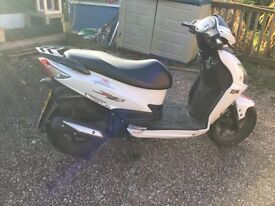 Sym jet 4 125 2011 lovely scooter reduced to £450 low mileage