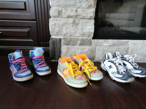 Selling 8 Pairs Boy/Girls Youth Shoe's, Boots & Sandals Kitchener / Waterloo Kitchener Area image 8