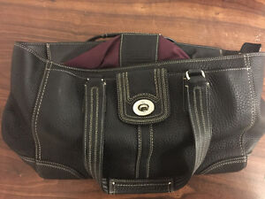 FOR SALE - BARELY USED COACH PURSE IN MINT CONDITION London Ontario image 1