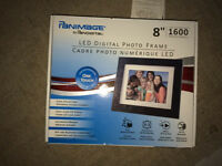 "Digital Photo Frame, 8"" size"