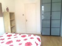 Spacious 3 bedroom flat in between Euston and Kings Cross ideal for students/professional sharers!