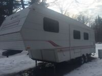 Jayco Eagle Fifth Wheel (selling for parts or repair)