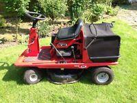MTD Lawnflite 404 ride on / sit on Briggs & Stratton petrol mower