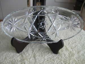 """VINTAGE CLEAR GLASS """"BOAT-SHAPED"""" WAVY-EDGED RELISH DISH"""