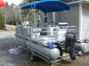 pontoonboat/motor/trailer