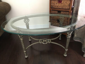 "Oval Console Table (20 3/4"" H x 44 1/4"" L x 30"" W)"