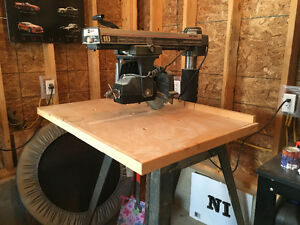 scie radiale / radial saw