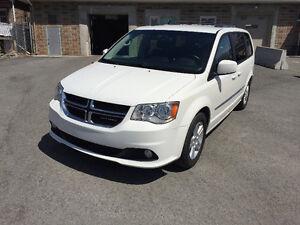 2011 Dodge Grand Caravan Crew Minivan, Van