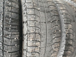 Michelin 235/65r17 winter tires used 1 winter