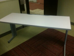 Table blanche rectangle