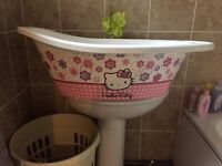 Hello kitty baby bath