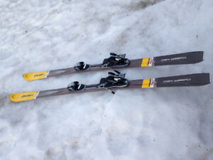 Skis HEAD avec fixations adulte