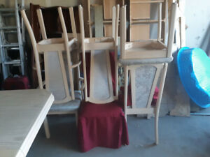 Solid Wood Kitchen Table With Leaf And 6 Chairs