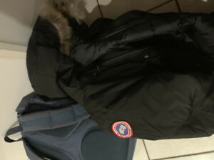 Fake Canada Goose with Tags - Looks 100% real