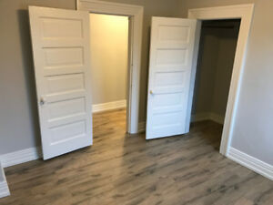 3 BEDROOM IN HOUSE FOR RENT, PET FRIENDLY DUNDAS NEAR TEMPLETON