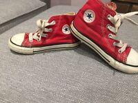 Unisex red converse