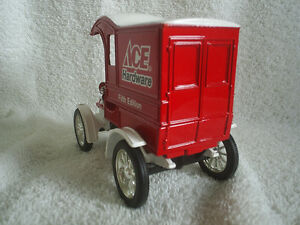 Collectable Antique – Ace Hardware Die Cast 1905 Ford Sarnia Sarnia Area image 2
