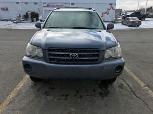 2003 Toyota Highlander-Loaded-In a perfect condition-Tow Hitch