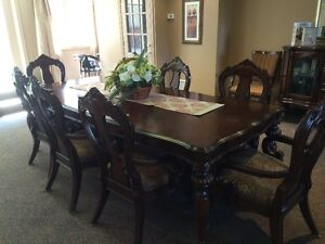 mahogany dining set for 8  with matching buffet
