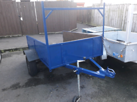 6by4 trailer in good condition refurbished read full ad thanks