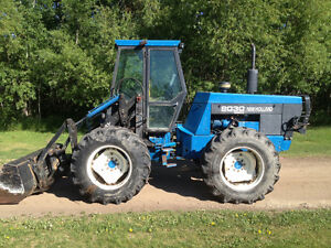 1998 Ford (Versatile) 9030 with 7414 loader