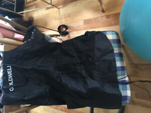 Hairdressing capes and apron