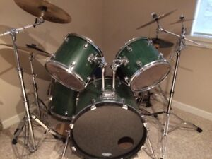 5 Piece Drumset Hardware/Cymbals Included *Price Reduced!!!*