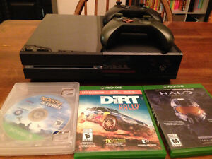Xbox one 250Gb, 2 controllers