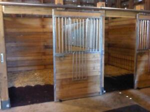 Indoor Horse Board Available 5 Min From Belleville