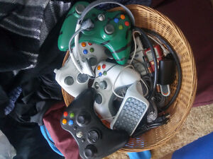 Black XBOX 360S with games and extras Kitchener / Waterloo Kitchener Area image 3
