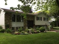 Large Bungalow - Completely renovated
