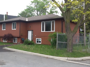 Ranch style, three bedroom upper level, West Side  Belleville